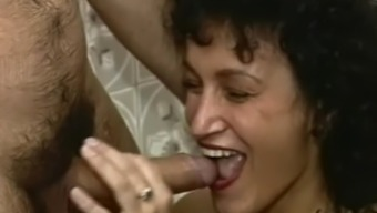 Horny Blond Mum In A Tub Fuck