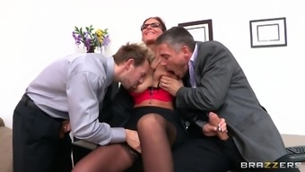 A natural environment threesome with the use of major junk when it comes to the slutty Houston Marie
