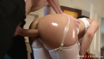 samia duarte wear light colored panties getting powdered doggystyle