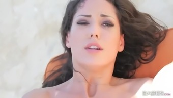 spaniard hottie alexa tomas gets her rear end analized outdoors