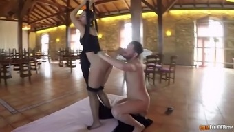 sucking and fucking in soaring qi gong hammock with this language babe julia roca
