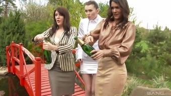 Samia Duarte and Samantha Rolls royce start a dame for a drunken threesome