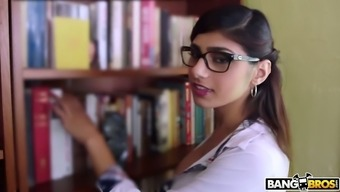 Beautifully pattern Mia Khalifa is deserving in order to get her soppy Lebanese cunt fucked pup