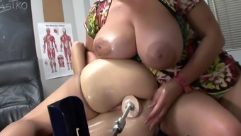 Redheaded mom is generating dildo with her puss