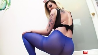 Nothing more popular when compared to a girl in pantyhose. Dahlia Sky is