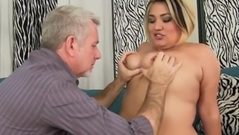 Sexy Excess weight Damsel Takes a Sturdy Cock