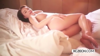 Morning hours self pleasure with gorgeous from asia youngster Nici Dee