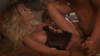 Fantastic Jessica Drake Receives a Rimjob Before deciding to go Extreme