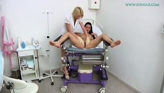 Fascinating toddler and her lesbian physician get lively in place of work