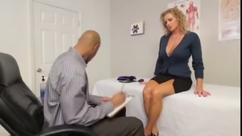 AMAZING Mother LOVES Mordant Manhood!! (MUST Sit back and watch)