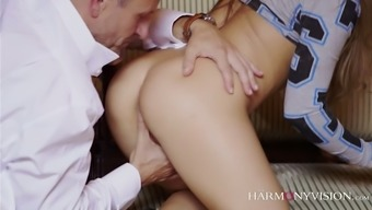 Eager elegance Alessandra Jane does not have anything against splendid 3some