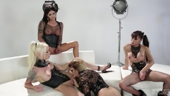 Shemale Jessica Drake connects attractive women for a dark colored orgy