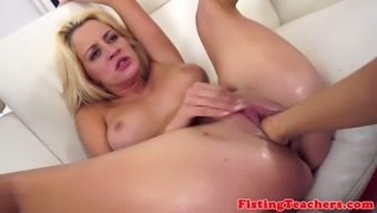 Milf babe fisted on her back by eurobabe