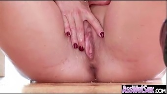 Rectum Sexual intercourse On Cam By using Major Oiled Ass Heated Trek Love (shay coyote) mov-28