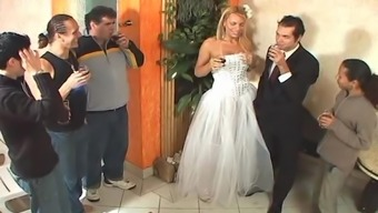 Tranny bride sex after wedding ceremony