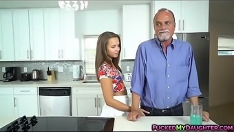 Liza Rowe persuaded and fucked using an elder guyLITY Give you MP4[0]