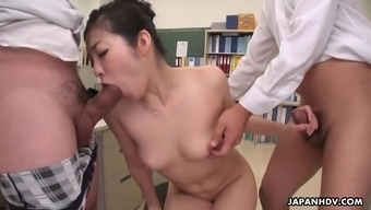 Office secretary Ryu stays after work to be double teamed