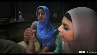 Beginner hijabs give head elevate collectively