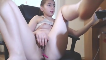 finger camgirl katherinesquirt22