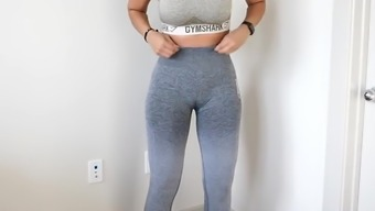 Big Booty Girl with the Perfect Cameltoe Trying on Clothes
