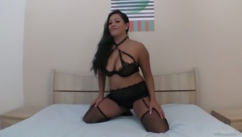 Sexy curvy hooker Maxine X sucks a dick and gets nailed in hot POV
