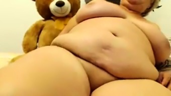 Busty granny on cam