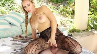 Blonde bombshell in nylon stockings Nicole Aniston pounded by the pool