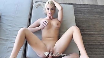 Alluring Brooke Paige seduces man and gives him a tremendous BJ