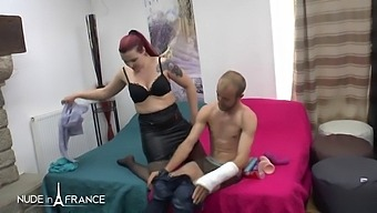 A young couple with a chubby redhead in love with ass plugging gaping sodo