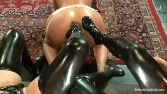 part ruler roxy raye takes two different feet over her rectum cave