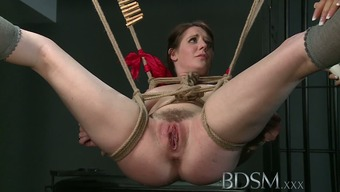 BDSM XXX Dom makes halted subs pussy squirts such as a spring