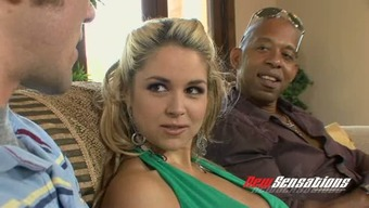 Major tittied light attractiveness Sarah Vandella let her BF follow how he face fucks BBC
