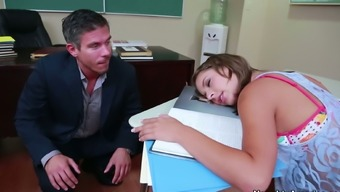Reserve luke-warm Presley Hart gives a make the trip to her school tutor