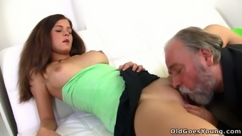 Luxurious Euro youngster Alyona has got a grimy sex with fat grandpa