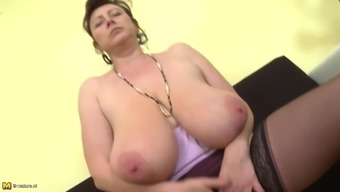 Fascinating Czech senior mum along with severely boobs