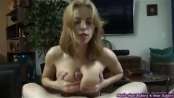Horny brunette along with a cute set of holders blows off her unethical building owner