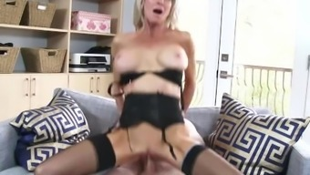 Slutty Action mum Emma Starr Gives Best Blowjob her move youngster and can help himcum